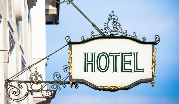 Smart Hotel Bookings Can Save Hundreds of Euros