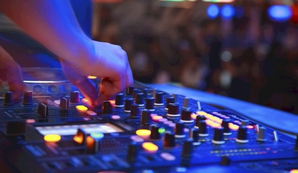 Researchers Predict Hit Potential Dance Tracks