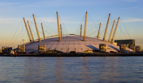 London O2 Arena Evacuated due to Fire